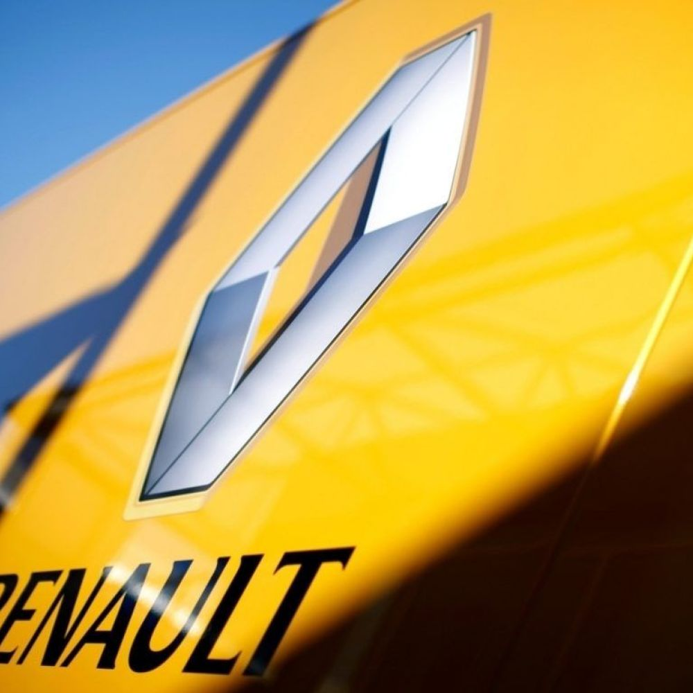 Renault boss quits before first day