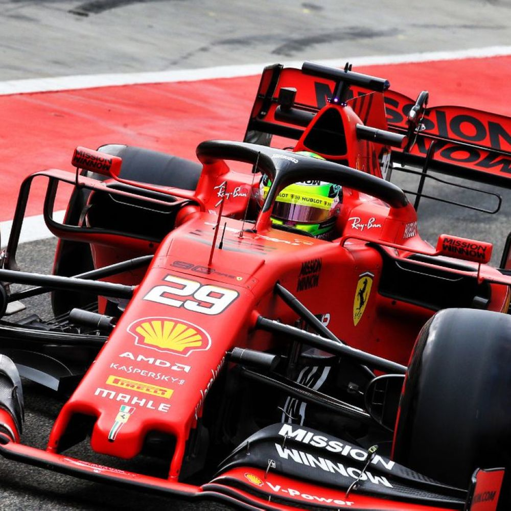 Schumacher set for German FP1 run – report
