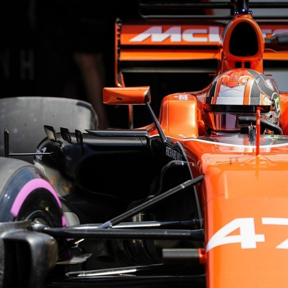 Norris' future with McLaren hinging on Alonso's