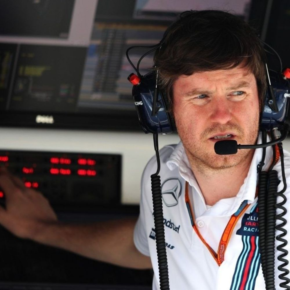 Smedley back in Formula 1 as 'expert technical consultant'